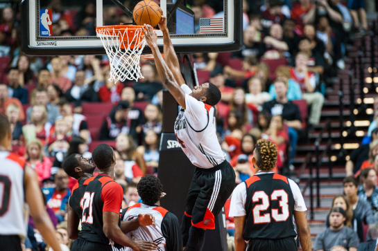 Trailblazer forward Maurice Harkless dunks the ball during the third quarter of the Fan Fest scrimmage.